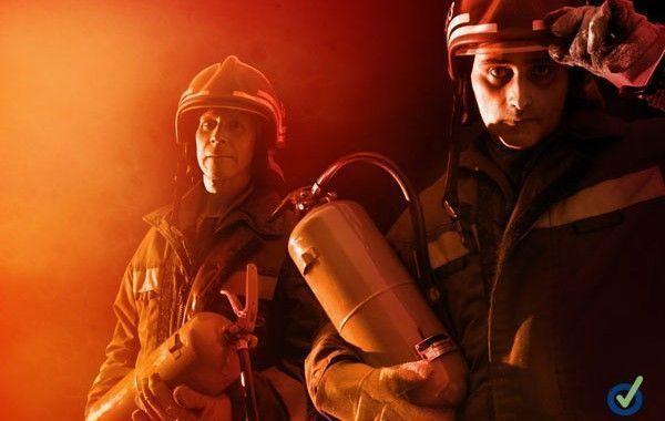 Vídeo: Caen bomberos en Jalisco de una altura de 6 metros durante acrobacia