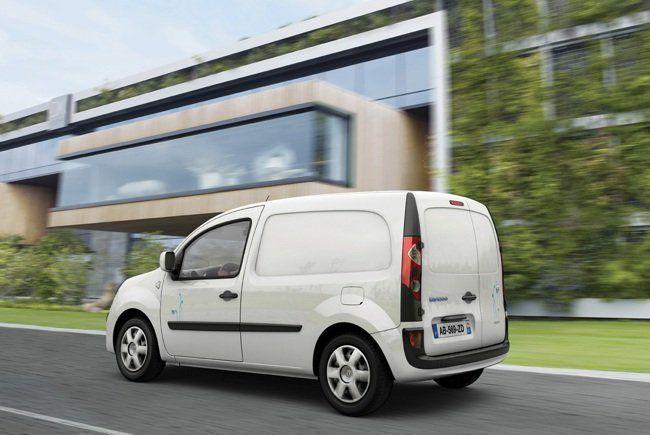 ¿ Cuales son obligaciones de los patrones en relación con la conducción de vehículos motorizados?