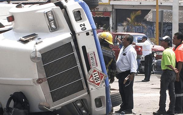 Analizan medidas de seguridad en Morelos para prevenir accidentes de pipas