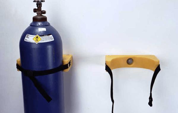 Descarga: Consejos de Seguridad– Manipulación segura de cilindros y bloques de gases.