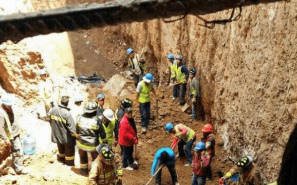 Una persona fallecida tras derrumbe en construcción en Cuajimalpa