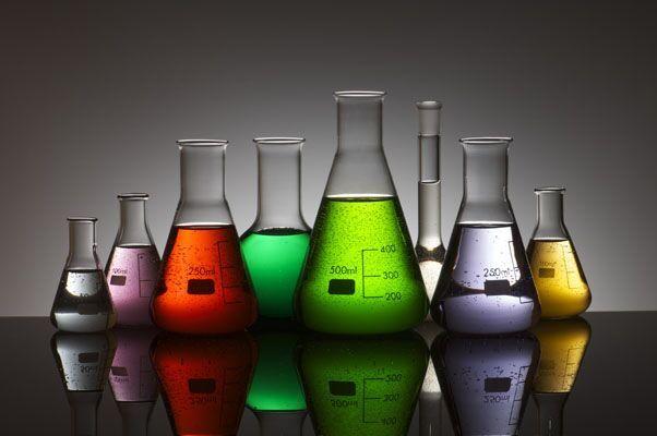 Descarga: Guía de sustitución de agentes químicos por otros menos peligrosos, en la industria