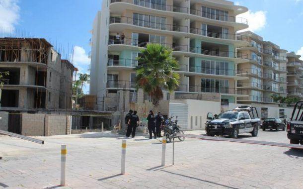 Albañil perdió la vida al caer de la obra en la que trabajaba en Cancún.