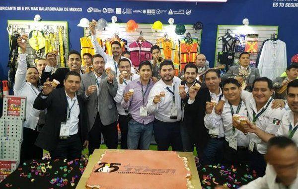 JYRSA celebra en grande su 25 aniversario