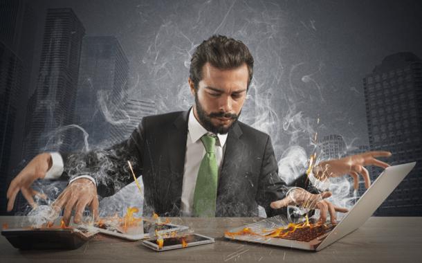 ¿Cómo superar el burnout o estrés laboral crónico?