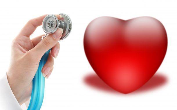 Enfermeros, médicas y residentes, los que más violencia sufren en la salud