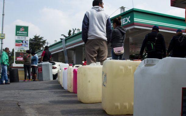 Tener gasolina almacenada es peligroso para la salud: PEMEX