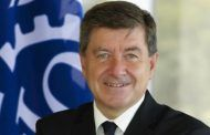 """""""Todos los países deberían ratificar los convenios sobre seguridad y salud"""", afirma Director General de la OIT"""