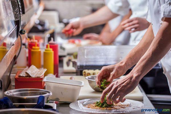 Descarga: Manual de Seguridad y Salud en Cocinas, Bares y Restaurantes