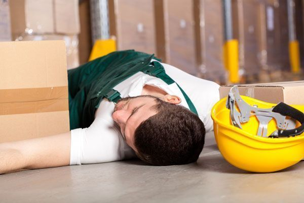 Trabajadores se accidentan