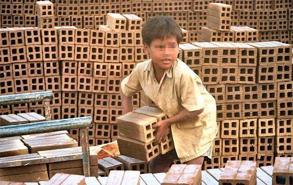 ¡Descarga! Manual de la OIT para combatir la trata infantil