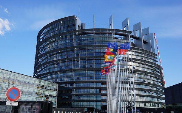 Bruselas limitará la exposición a sustancias cancerígenas en el trabajo
