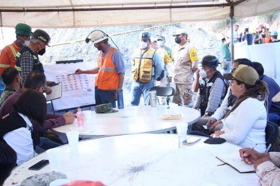 Continuarán los trabajos de rescate hasta encontrar a los 3 mineros atrapados en Múzquiz.